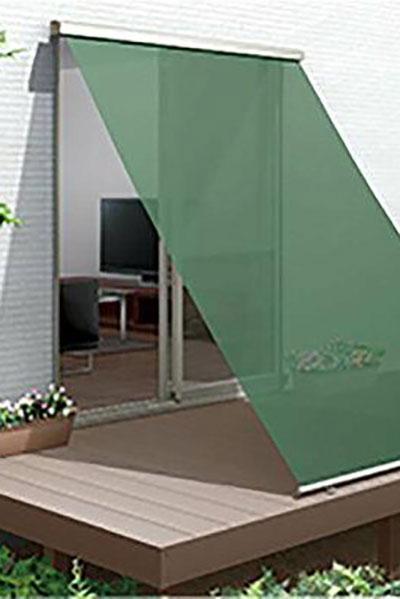 金沢の自由設計の家のサンシェード